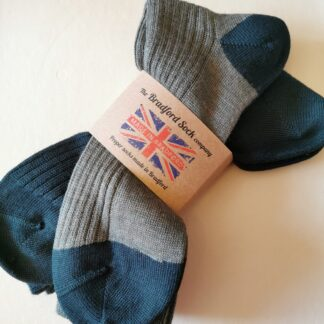 The Bradford Sock Company twin pack thin socks in green