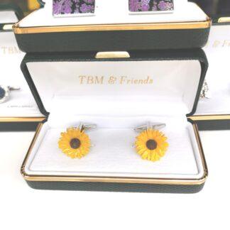 Box Sunflower Cufflinks from Dalaco